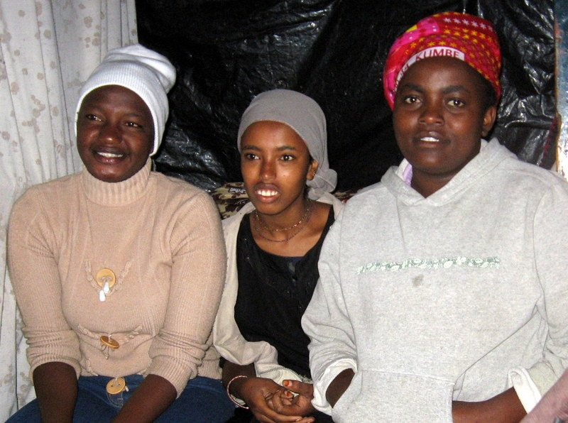 Kenya Successes: Visiting Businesses Started by Young Women in Enterprise