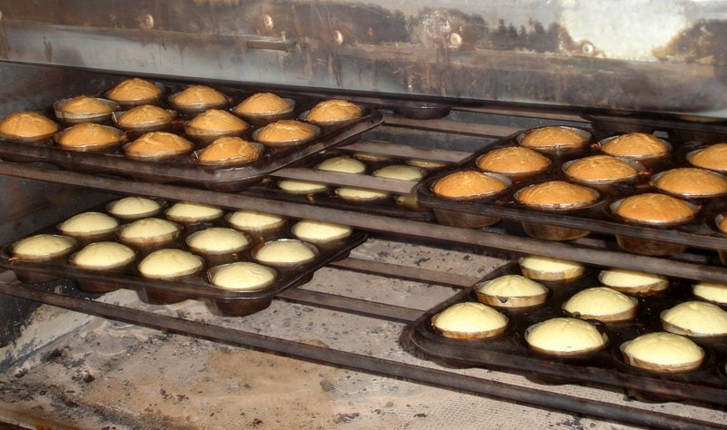 "Kenya Successes: Springsand Bakery ""Puffs Up"" its Market"