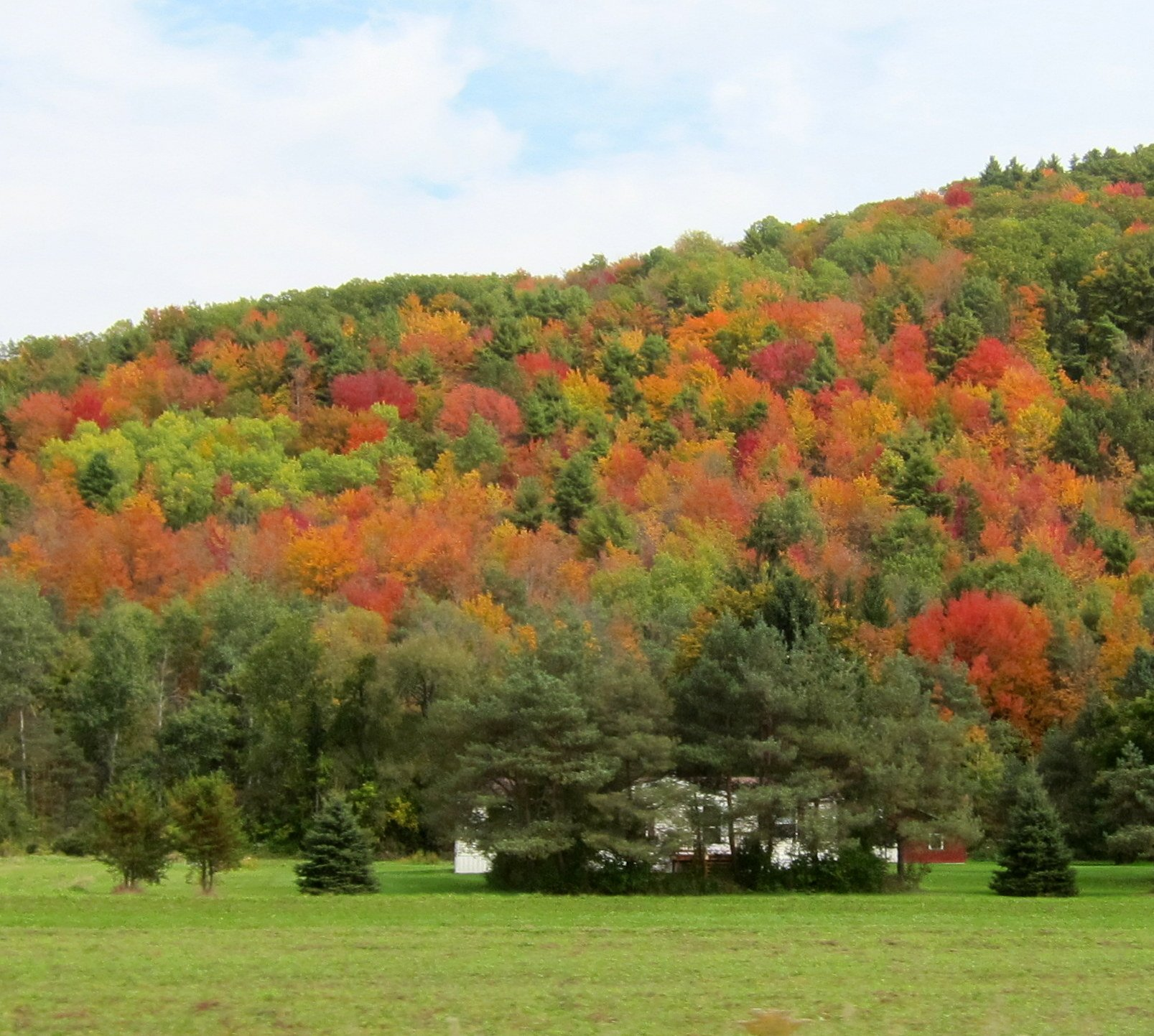 Across NY through Hudson Valley–Breathtaking Colors Everywhere