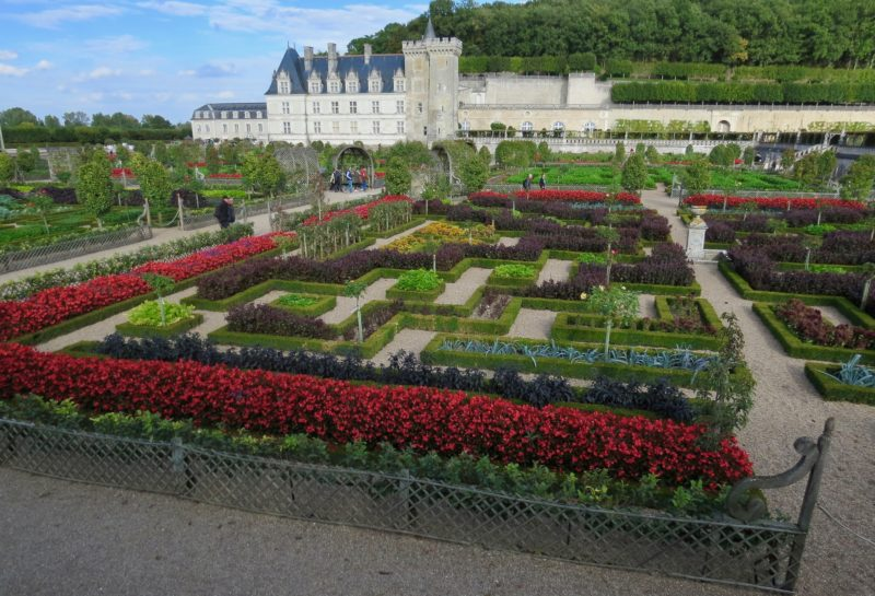 Loire Valley-Famous for Chateaux & Formal Gardens - How the ...